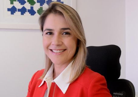 Bela. Denise Arantes